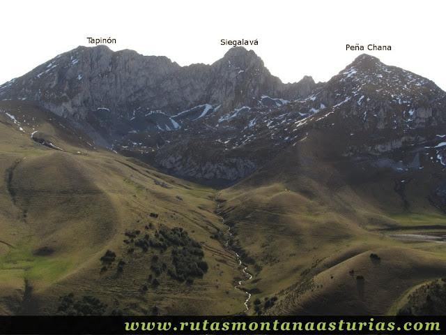 Vista del Tapinón, Siegalavá y Peña Chana