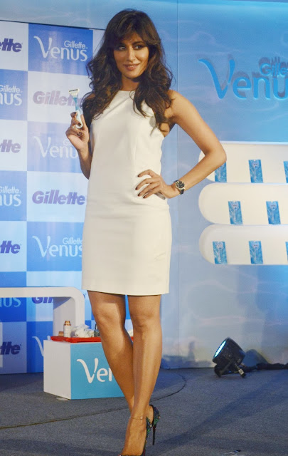 Chitrangada Singh looking sexy at Gillette event!! HQ images