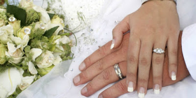 Makna Cincin Pernikahan untuk Para Perempuan
