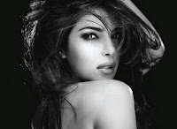 Priyanka Chopra Beauty with Hot Look