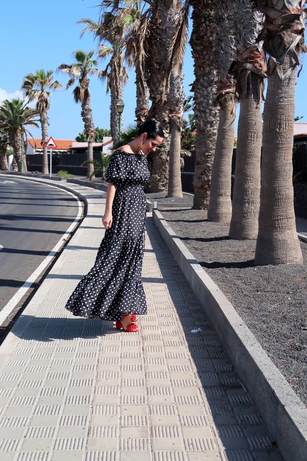 polka-dots-long-dress-streetstyle