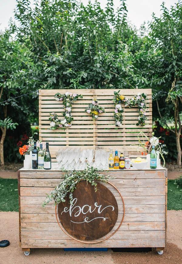 Bar weselny, Dekoracje ślubne DIY, Inspiracje Ślubne, jak zorganizować ślub DIY, Pomysły na ślub i wesele DIY, Ślub DIY, Ślub i wesele z pomysłem, Trendy Ślubne 2017,