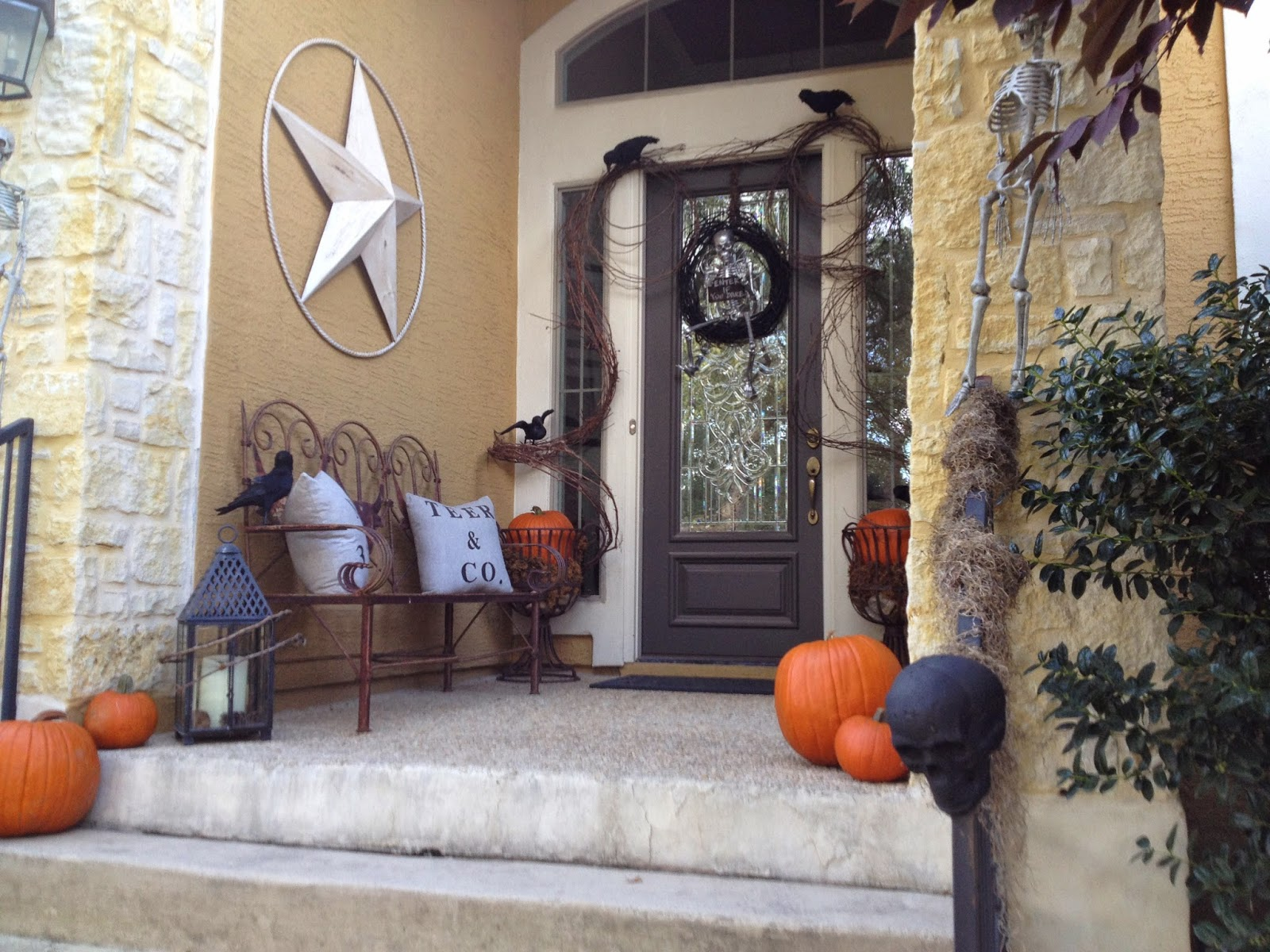 Halloween decorating with crows