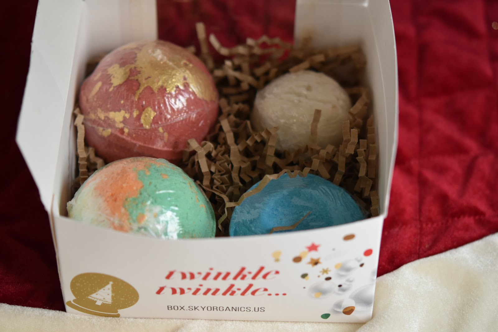 100% Natural Bath Bombs: Sky Organics  via  www.productreviewmom.com