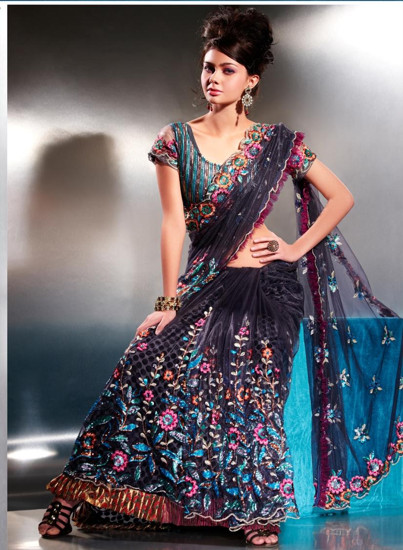 Bollywood Sarees Navels: Bollywood Party Wear Saree