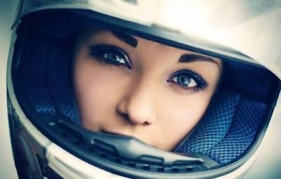 Tips perawatan wajah bagi pengguna sepeda motor