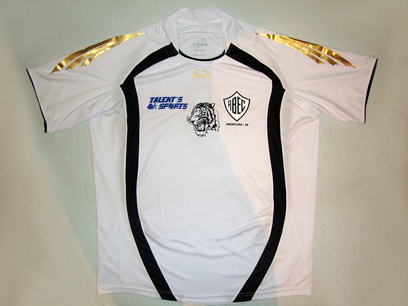 b094cf6db Esta camisa do Rio Branco Esporte Clube, foi fabricada pelo fornecedor de  material esportivo Batbola. Acesse o site e conheça mais sobre a empresa e  os ...