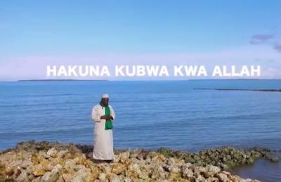 Video MZEE YUSSUF - HAKUNA KUBWA KWA ALLAH