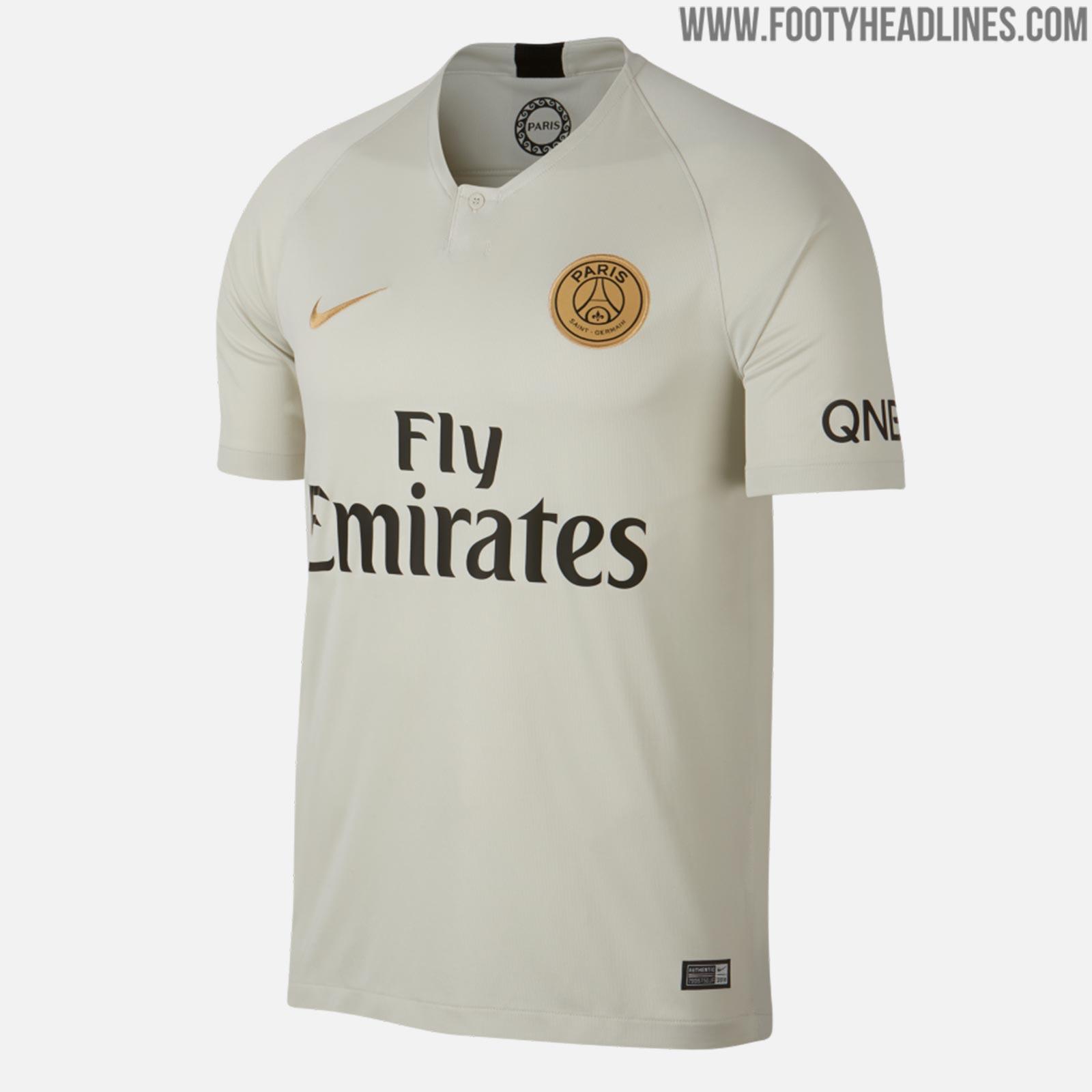 Top 10 Paris Saint-Germain Kits In History - Footy Headlines 2b65277e4