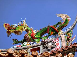 關帝廟の龍