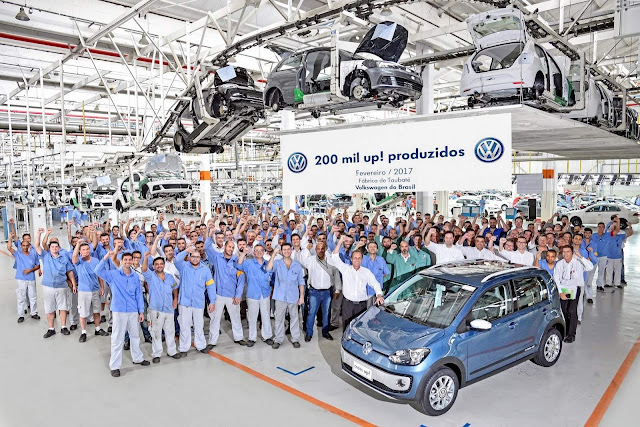 VW Up! atinge marco de 200 mil unidades produzidas