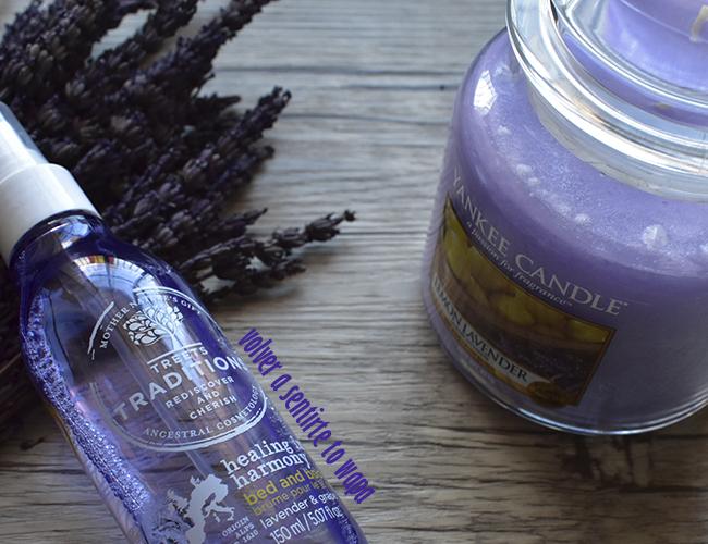 Productos de cosmética para relajarse del color del año Ultraviolet