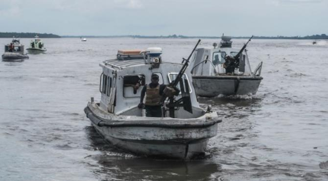 Ship hijackings have become more frequent since President Muhammadu Buhari took office in Nigeria last year and announced plans to wind down an amnesty to former militants in the delta region. By (AFP/File) Lagos (AFP) - The Nigerian navy has foiled a pirate attack on a British-flagged merchant vessel off the coast of the oil-rich west African country, a hotbed of piracy and militancy, a spokesman said Thursday.