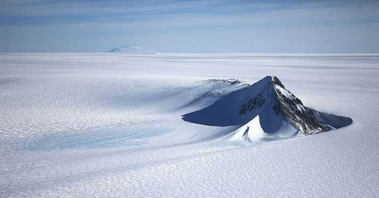 Antarktika bilinenin aksine gezegenimizdeki en büyük çöldür.