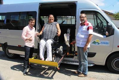 Juquiá conquista Van adaptada para o transporte de pacientes