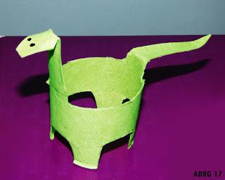 Resultado de imagen de dinosaurio con rollo de papel