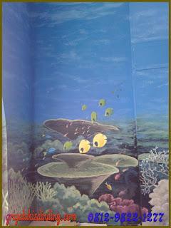Mural lukis dinding pemandangan dalam laut