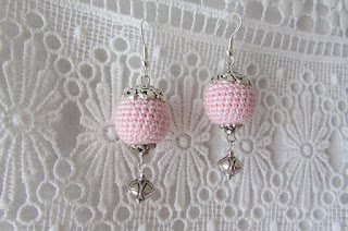 https://www.etsy.com/listing/527639247/light-pink-crochet-earrings?ref=shop_home_active_11