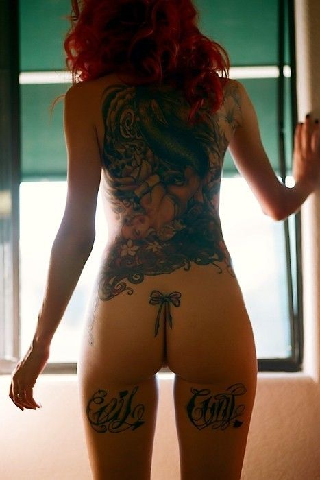 10 Super Cool Butt Tattoos For Women