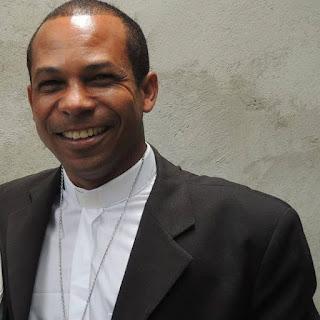 Após ser torturado, padre é morto com facada no pescoço no Paraná