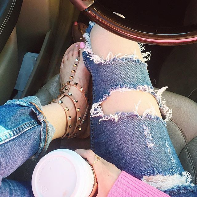 ripped jeans zara, ripped denim nordstrom, boyfriend jeans ripped, valentino sandals nude, valentino rockstud sandals nude, dupes for valentino rockstud sandal, valentino look alikes nude rockstud sandals
