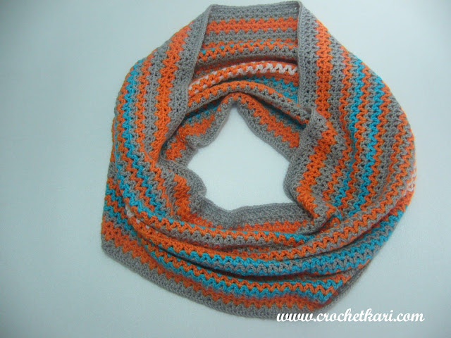 Crochet v stitch cowl 2