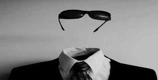 la pedagogia rende visibile l'invisibile La pedagogia rende visibile l'invisibile Uomo Invisibile