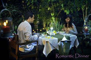 Makan malam bersama teman kencan online
