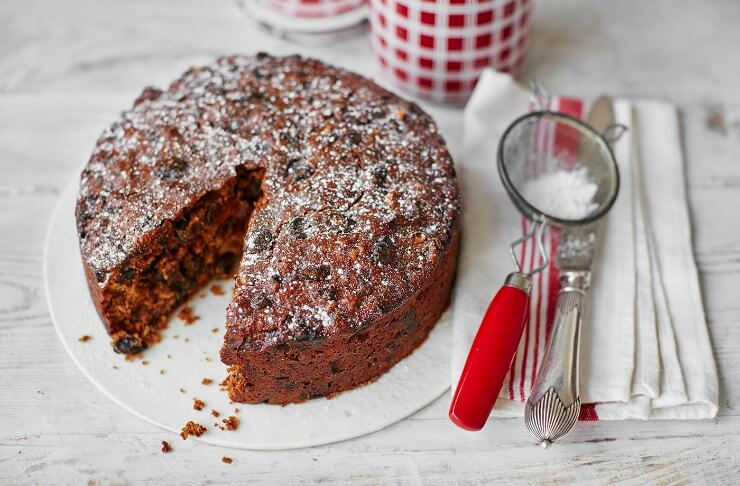 Walnut and Whisky Christmas Cake