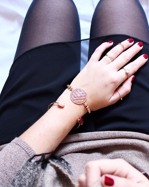 Strick Kleines Schwarzes Kleid ootd Mode Blog Fashionblogger Layering Look Silvity Schmuck Armband rosé