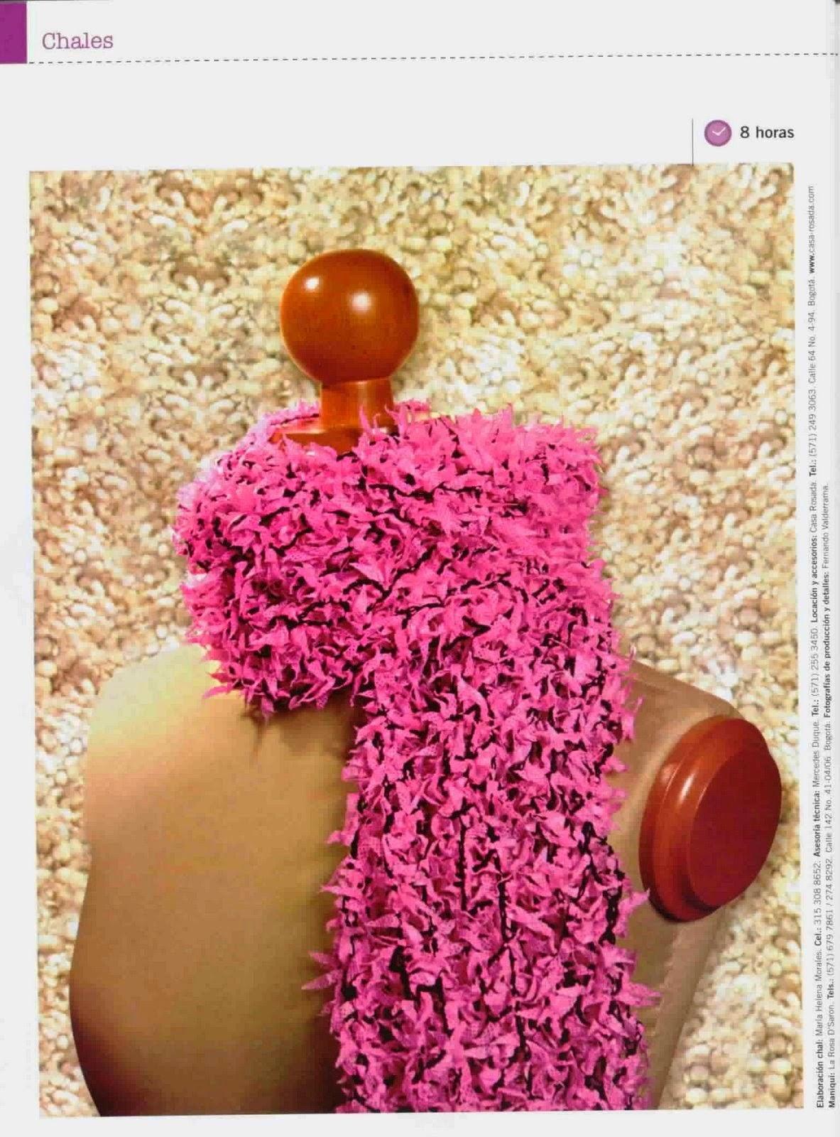 Bufanda fuscia tejida al crochet con explicación paso a paso