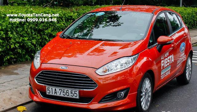 ford fiesta 2014 14 6364 - So sánh Ford Fiesta và Toyota Yaris : Ai là Vua xe Hatchback cỡ nhỏ - Muaxegiatot.vn