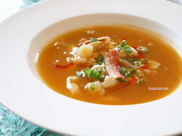 Seafood Tom Yum Goong