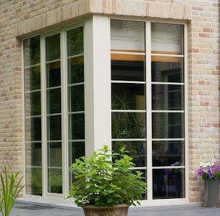 Okna do domu w stylu rustykalnym