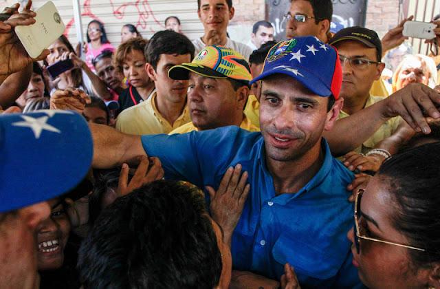 prohiben-salida-del-pais-capriles-y-mud