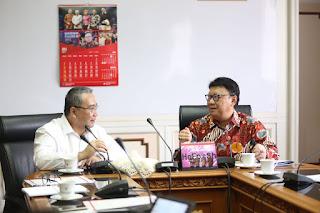 Kemdagri bersama Kementerian Desa, Pembangunan Daerah Tertinggal dan Transmigrasi (Kemdes) terus berusaha memperbaiki penggunaan dana desa.