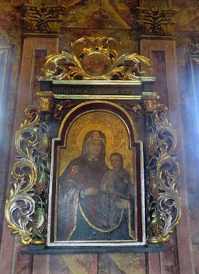 Matkę Bożą z małym Jezusem w układzie Hodegetria.