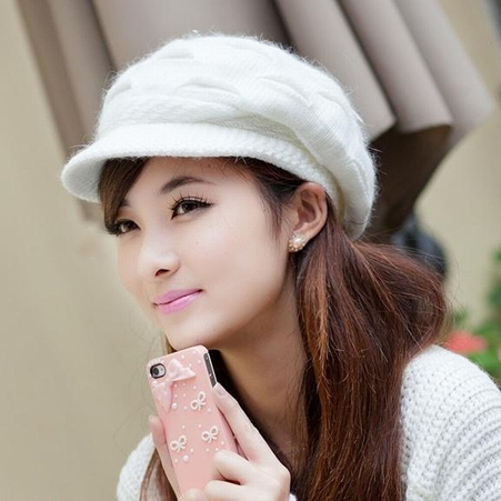 Hats Caps For Women New Winter Fashion Trends Images 2013
