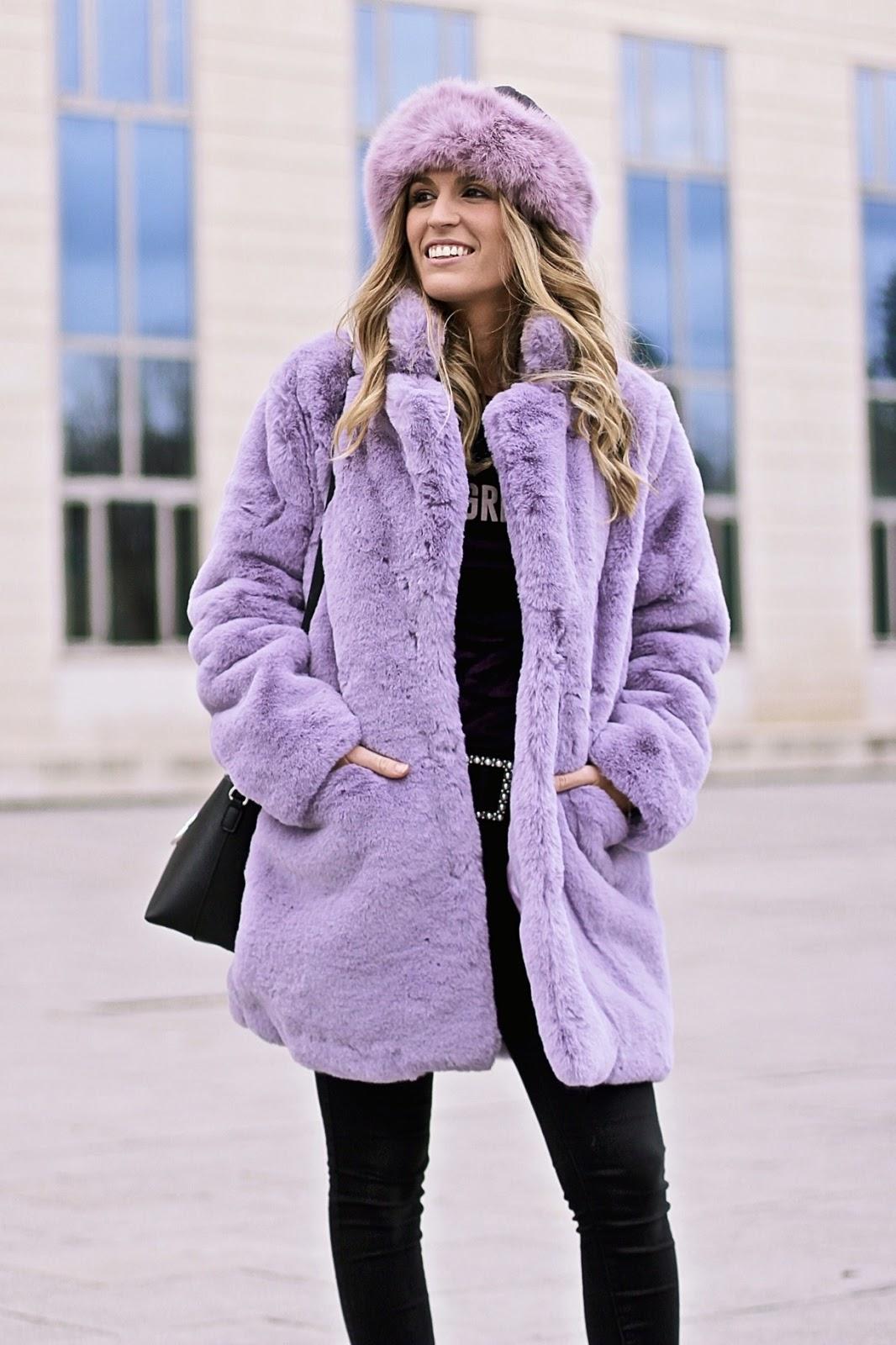 abrigo peluche lila