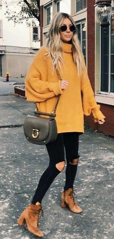 fall street style / yellow oversized sweater + crosbody bag + black rips + brown boots
