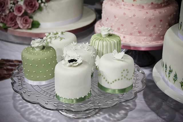 The Idea Is That Each One A Single Serving Of Wedding Cake Per Guest Instead Big From Which Guests Are Served Slices