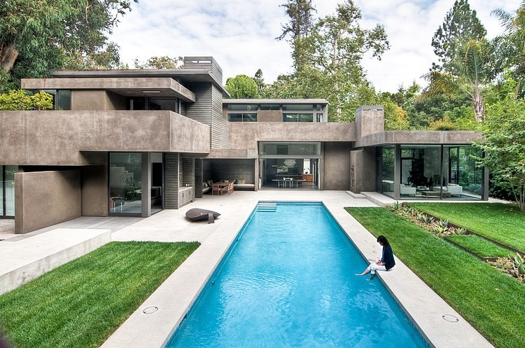 Modern Dream Home In The Forest By Chu+Gooding Architects