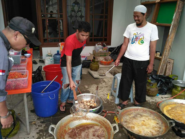 [Foto] Panci-Panci Dapur yang Menggetarkan Reuni 212