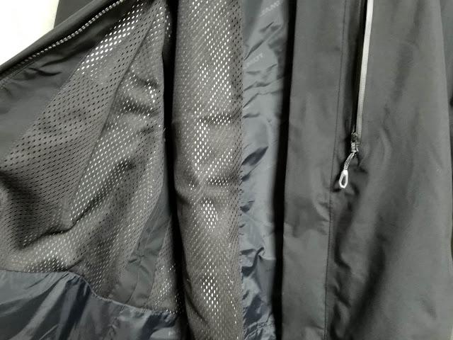 MAMMUTのアヤコ プロ HSフーデッドジャケットの裏地メッシュの画像