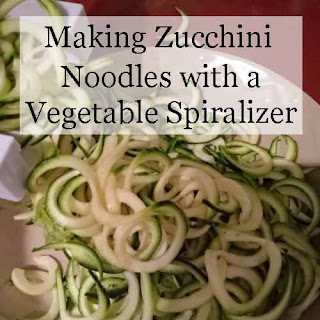 how to make zucchini noodles with a vegetable spiralizer