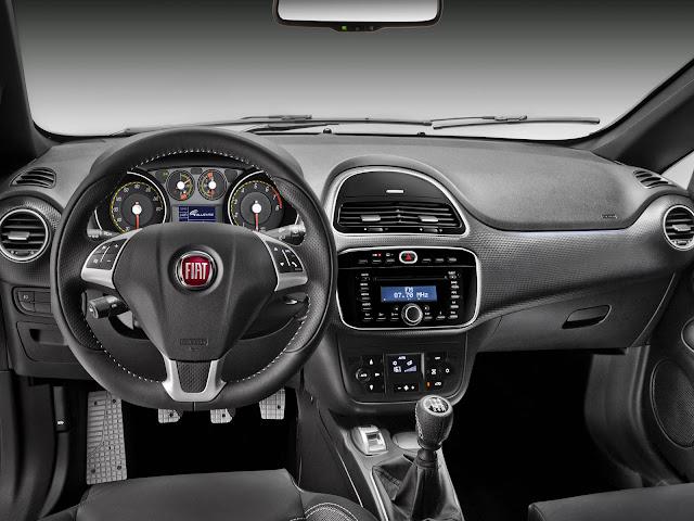 Fiat Punto T-Jet interior
