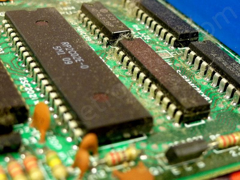 Restoring the Original Famicom Console | RetroFixes