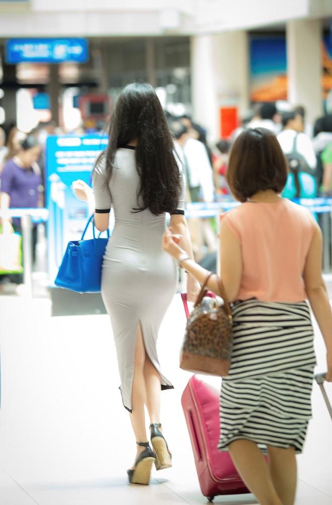 tr 10 - Beautiful Asian Girl Hot Sexy NGOC TRINH