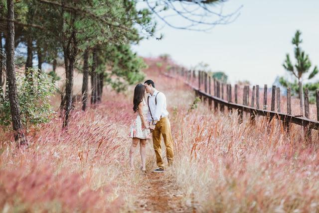 Romantic Diary Girl HD 1080P Wallpapers
