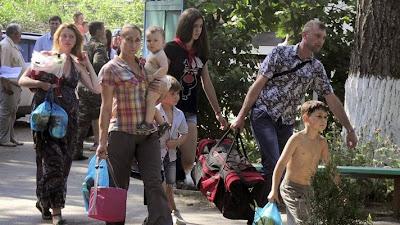 Количество временных переселенцев в Украине приблизилось к 1 млн человек
